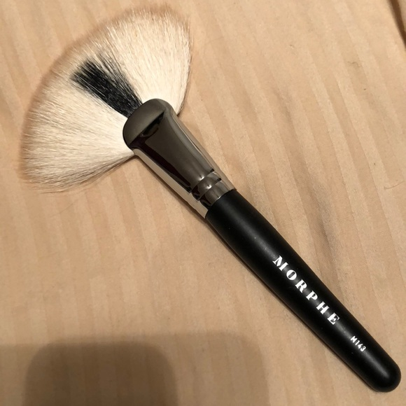 Morphe Makeup Morphe Fan Brush Poshmark Последние твиты от morphe (@morphebrushes). morphe fan brush
